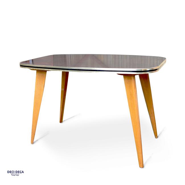 Table Formica Et Objets Du Vintage De Ça Ci DesignMeubles Nn8wv0Om